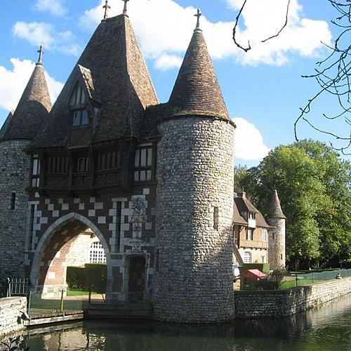 Château de la Pommeraye (entrée)