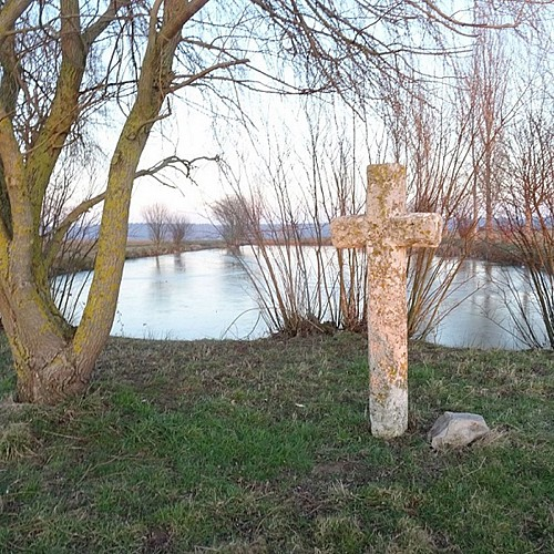 Croix & mare d'Inglemare