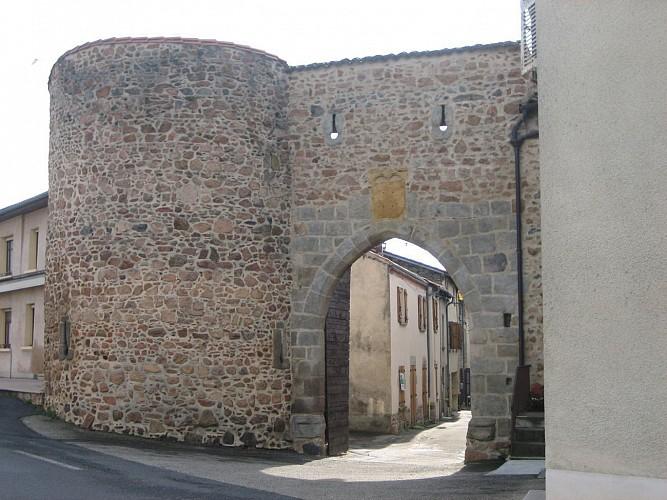 Pouilly lès Feurs - Les trois Chapelles