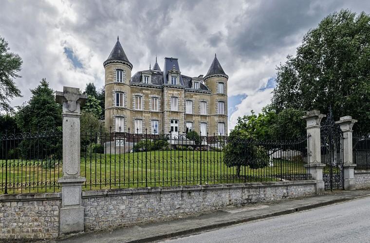 AMBRIERES LES VALLEES - Circuit de la Varenne