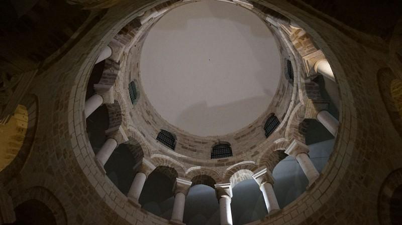 Basilique de Neuvy