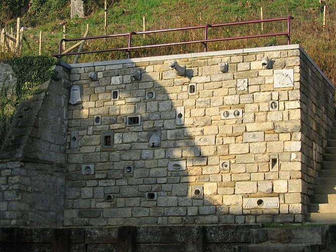 Autour de Comblain-au-Pont : Tour Saint-Martin, cimetière et musée en plein air de Sculpture