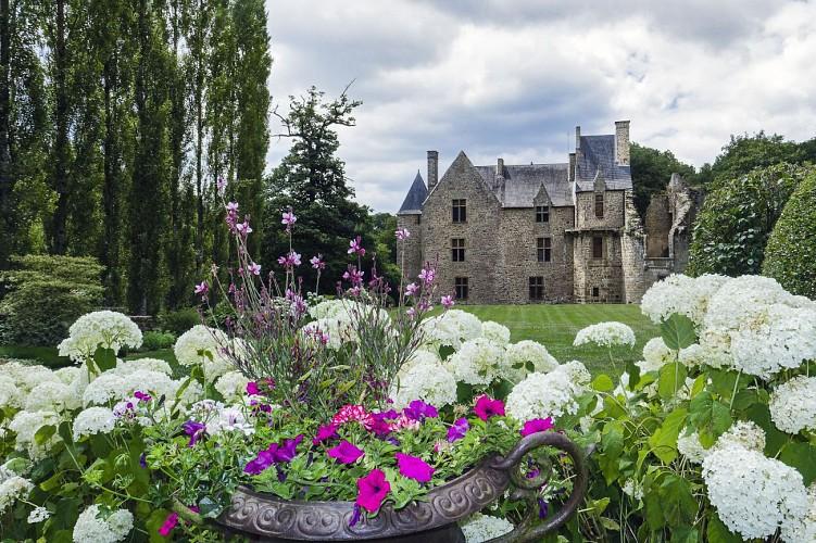 PONTMAIN - De Pontmain au château de Mausson