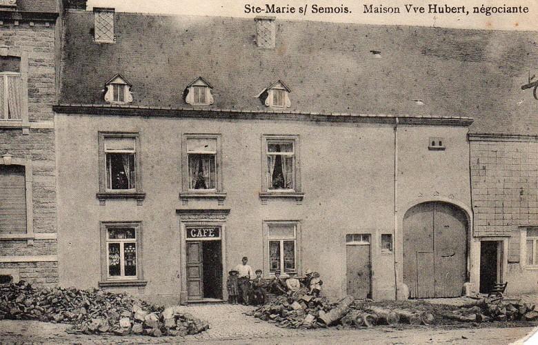 Ancien café au 219 Grand Rue