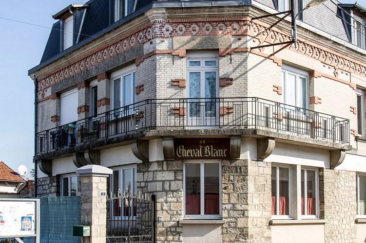 L'Hôtel du Cheval Blanc