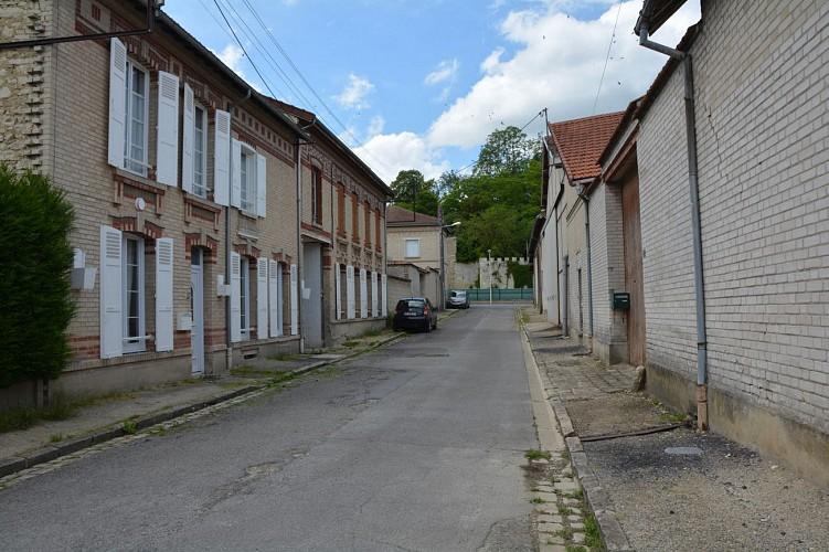 La rue du Vieux Grenier à Sel