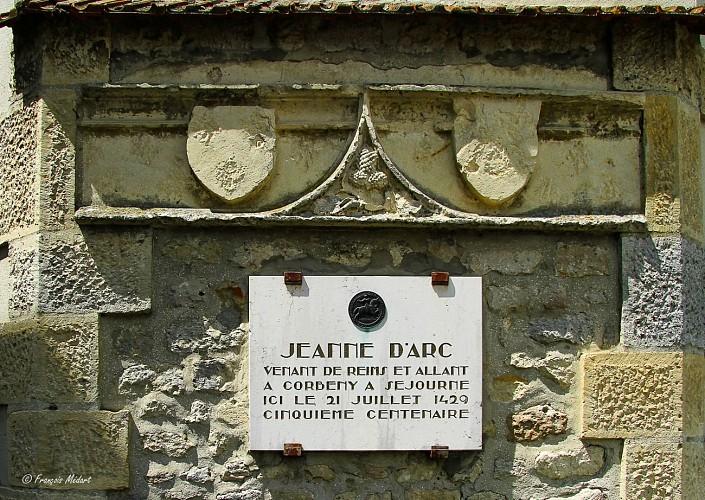 01-Stele-Jeanne-d-Arc.jpg