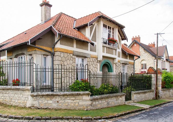 15.Maison-en-pierre-avec-colombage-1.jpg