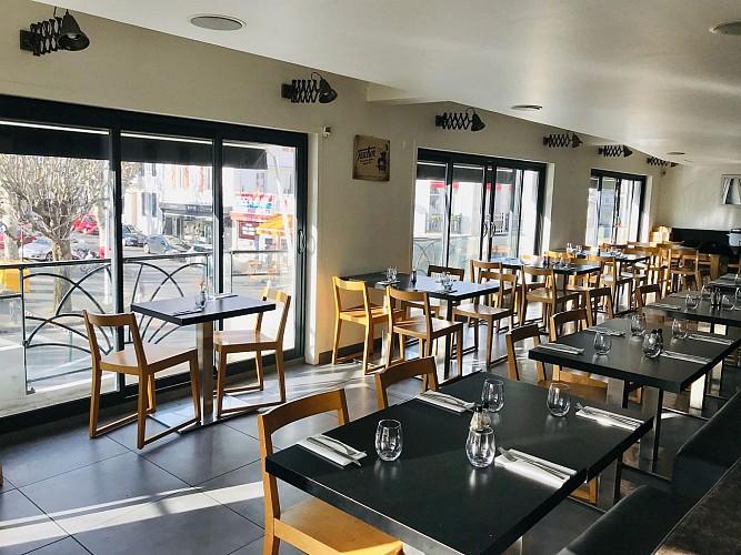 Le tavernier Biarritz salle2