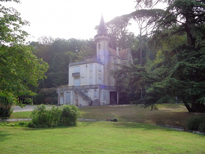 Château du parc Ledoux