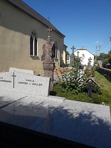 Eglise Saint-Willibrord et son cimetière