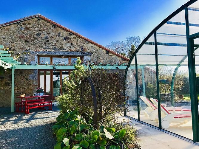 la-chapelle-st-etienne-la-blatiere-gite-the-stables-piscine--4-