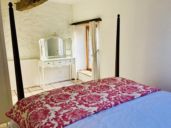 la-chapelle-st-etienne-la-blatiere-gite-the-stables-chambre1