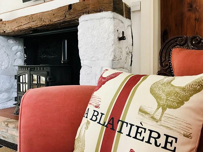 la-chapelle-st-etienne-la-blatiere-gite-the-farmhouse-detail-deco