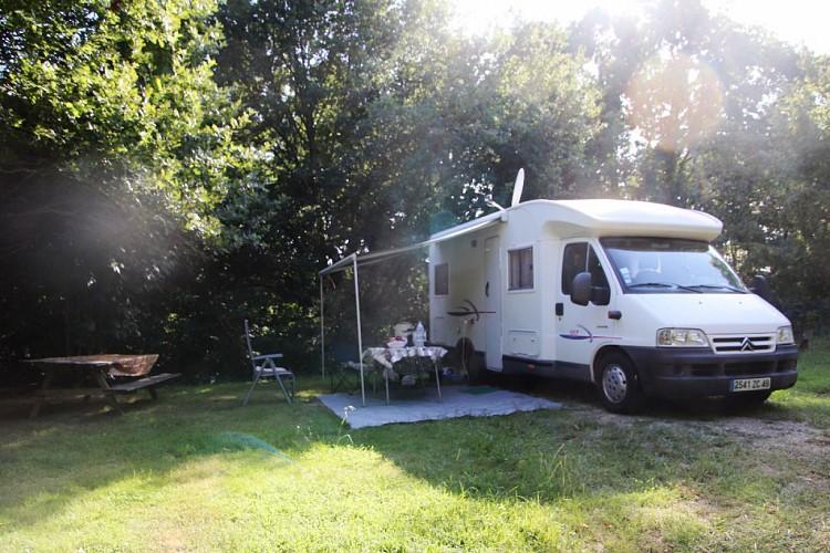 camper-van-1583713_1280