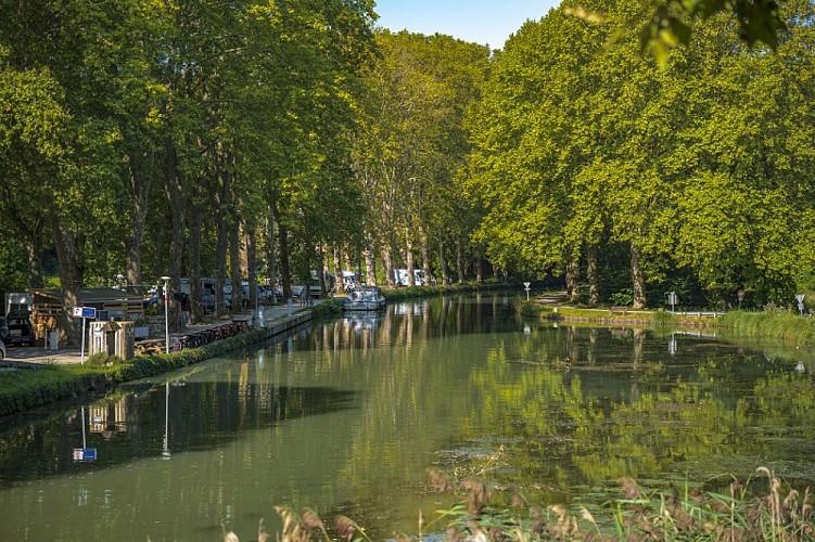 Aire de camping car de Caumont-Garonne