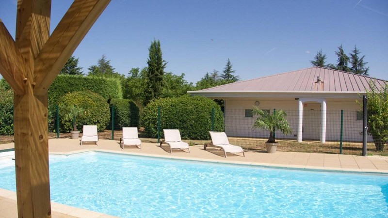 piscineMoulinRouge