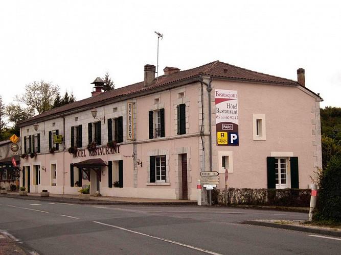 Hôtel Restaurant Beauséjour façade