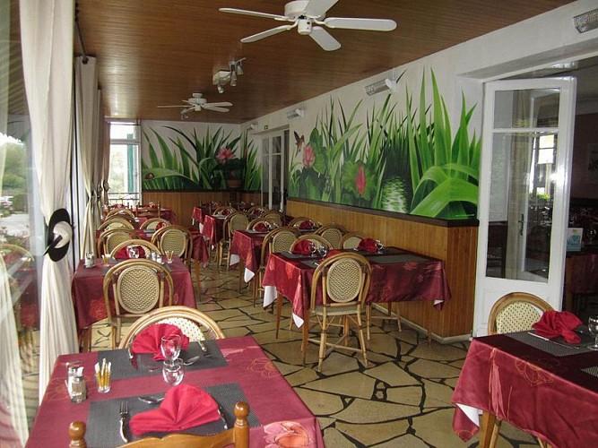 Hôtel Restaurant Beauséjour salle