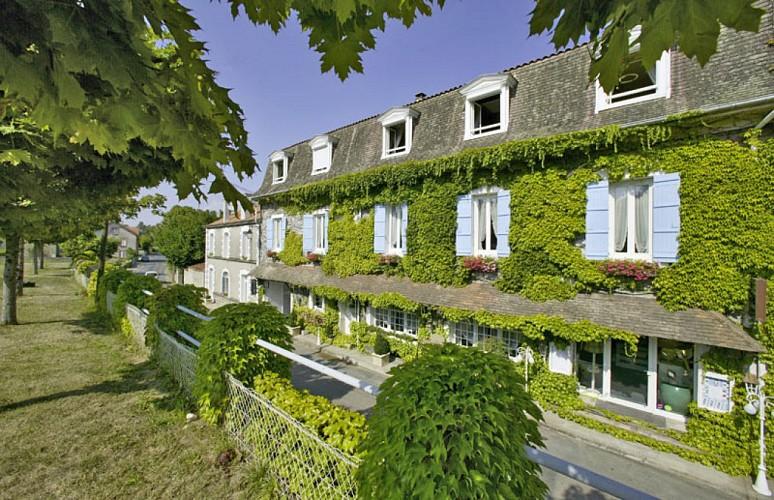 Saint-Saud Lacoussière - Hostellerie de Saint Jacques