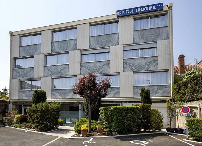 Hotel-Bristol-façade