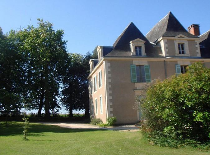 Rouffignac Saint-Cernin - Hôtel Manoir des Cèdres