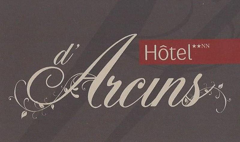 NOUVEAU LOGO HOTEL DARCIN
