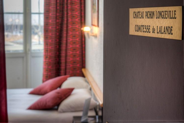 HOTEL_DE_FRANCE_ET_D'ANGLETERRE_CHAMBRE_VisionAir_4