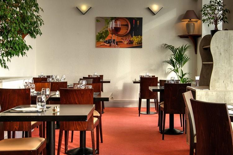 HOTEL_DE_FRANCE_ET_D'ANGLETERRE_CHAMBRE_VisionAir_2