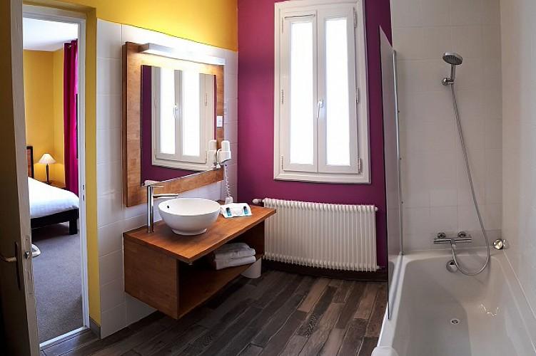 Hôtel Le grain de sable salle de bain - Arès ©Le grain de sable