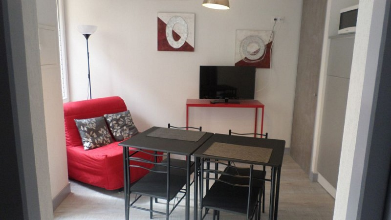 Appart'Hotel Les Tilleuls - SAINT-MACAIRE -Sud-Gironde