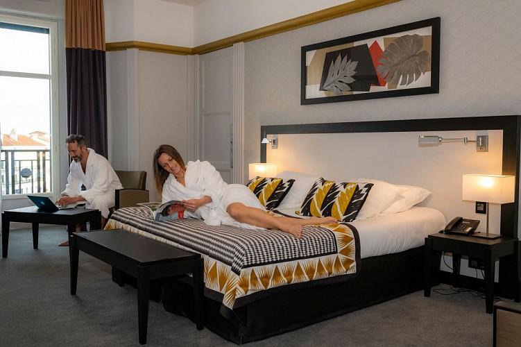 Hall 2 Splendid