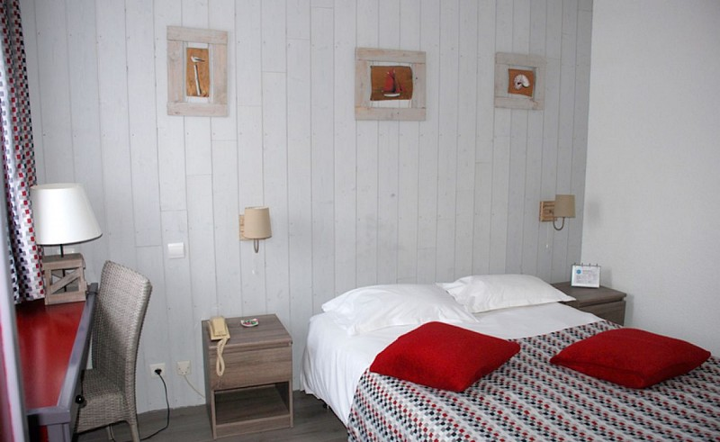 hotel-atlantide-bisca-chambre-superieure