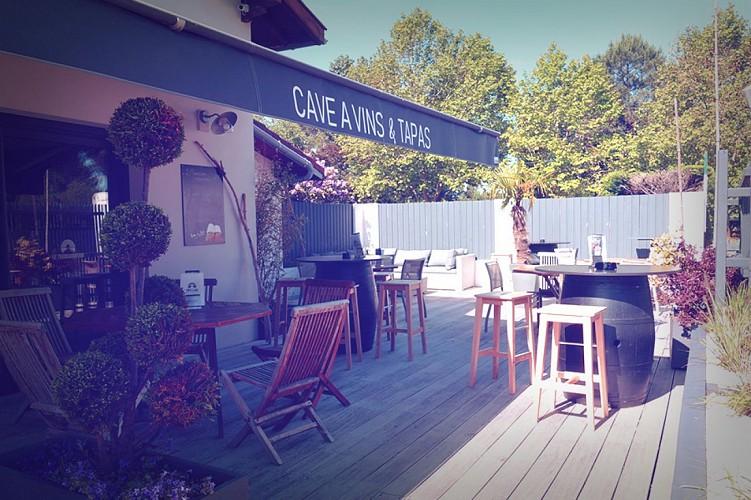 hotel-cote-et-lac-bisca-terrasse-bar