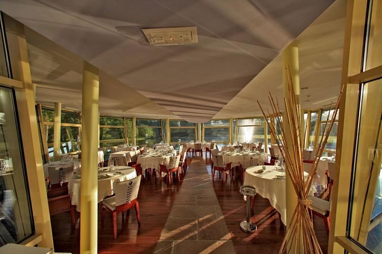 Lacs d'Halco salle restaurant