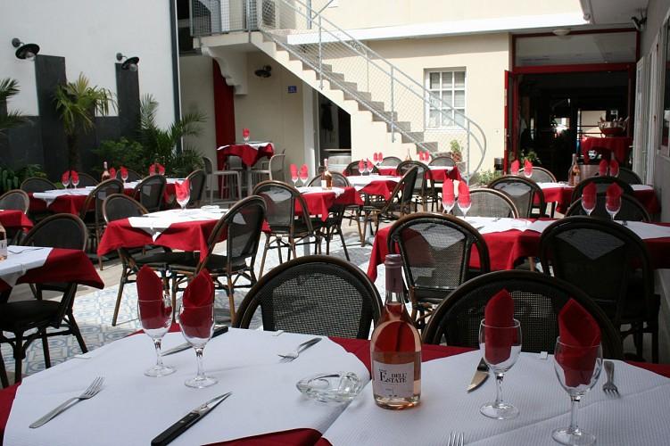 hotel-les-italiens-8