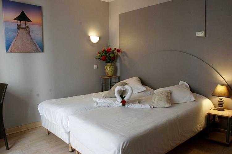 Lion d'Or-Marmande-façade angle