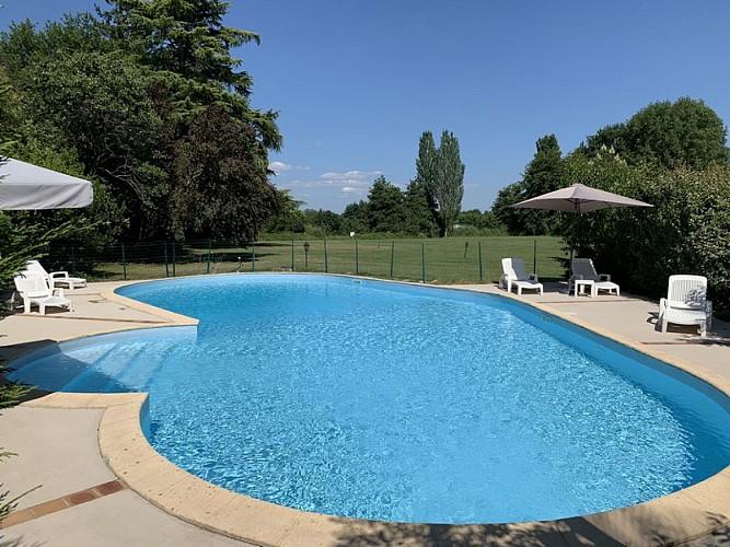 OTLT_HOT_Les rives du Plantié_Le Temple sur Lot_piscine