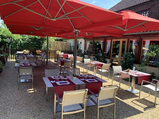 OTLT_HOT_Les rives du Plantié_Le Temple sur Lot_terrasse restaurant