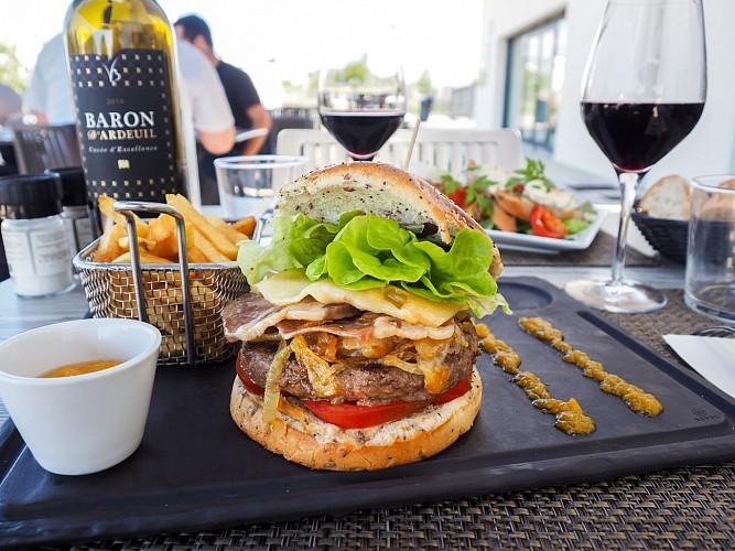 NewBrand-4706-FR-damazan-restaurant-4046-1