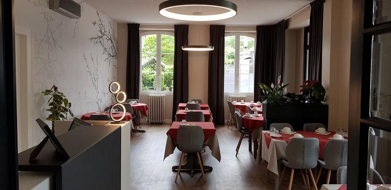 Hotel-de-la-Paix-OLORON-SAINTE-MARIE-Salle-petit-dejeuner-MIRAMON-PIERRE-DI