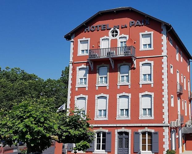 Hotel-de-la-Paix-OLORON-SAINTE-MARIE-Chambre-2-MIRAMON-PIERRE-DI