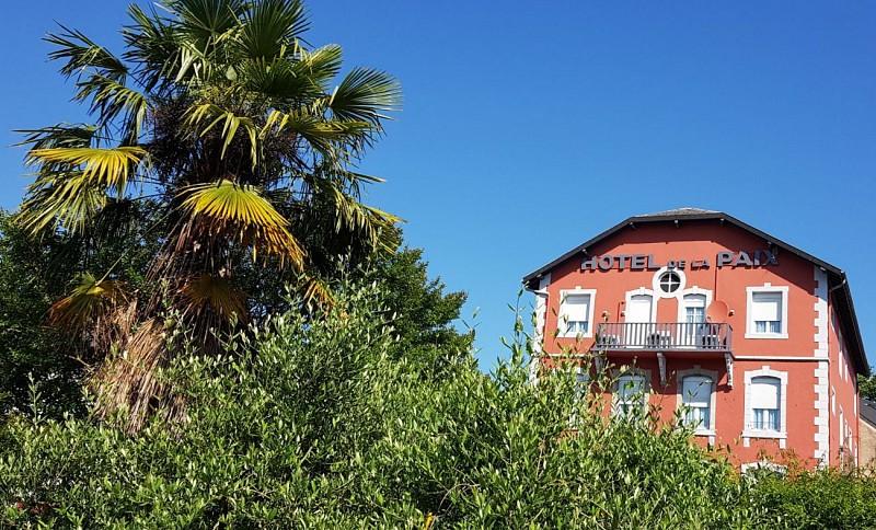 Hotel-de-la-Paix-OLORON-SAINTE-MARIE-Chambre-6-MIRAMON-PIERRE-DI
