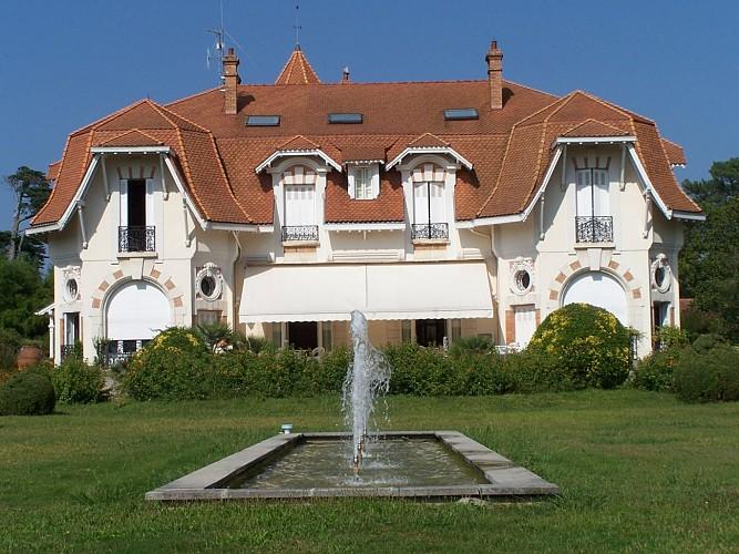 Chateau-du-clair-de-lune-2