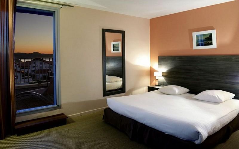 Le-Biarritz-chambre-2