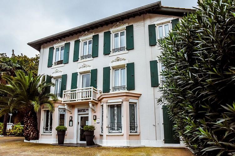Hôtel Val Flores Facade