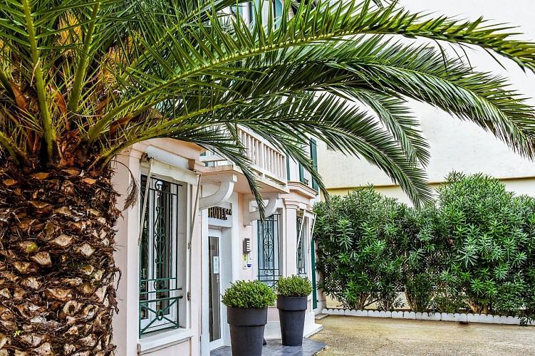Hôtel Val Flores Facade 2