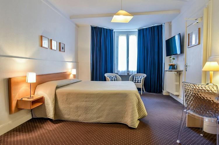 Val Flores suite