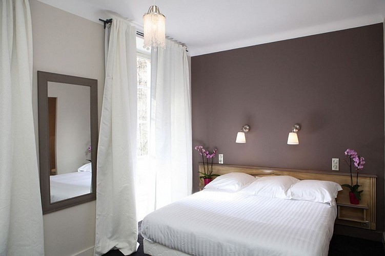 Hôtel Roncevaux - Pau - Chambre double fleurs