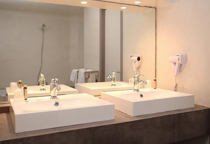 Hôtel Roncevaux - Pau - Salle de bain